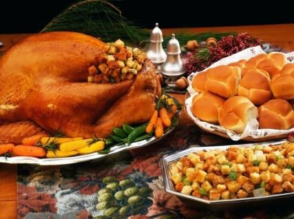 parish-thanksgiving-day-dinner-saint-episcopal-church-latest-news-turkey-table-settings