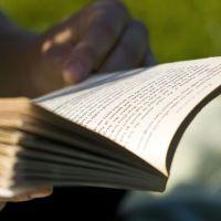 The Unbearable Lightness of Reading